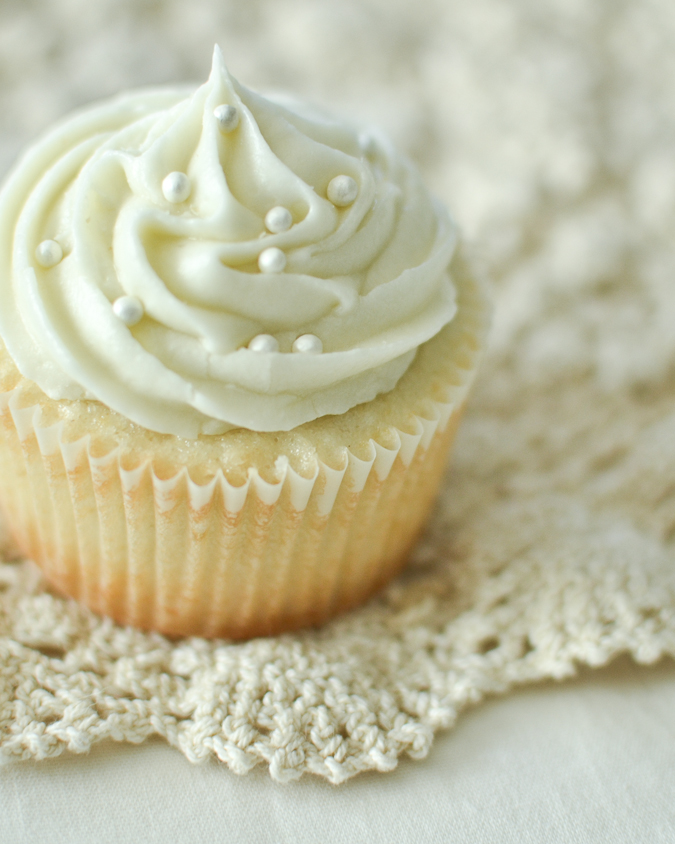 Basic Cream Cheese Frosting - Maurine Dashney