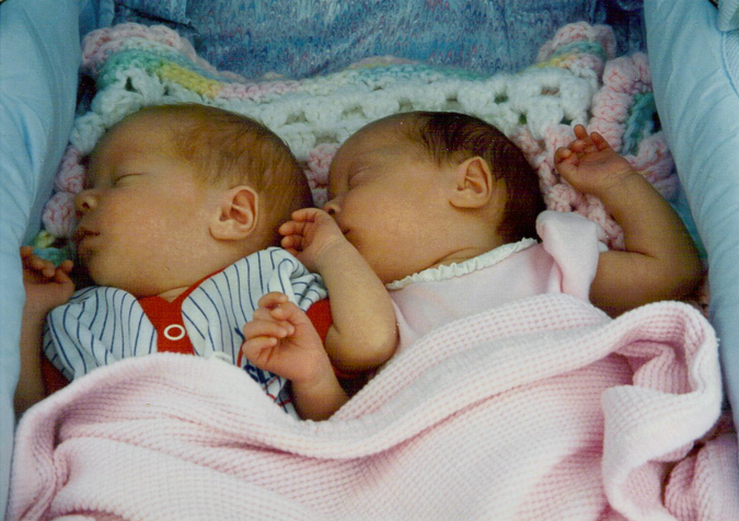 7 Things Only (Boy-Girl) Twins Will Understand - Maurine Dashney
