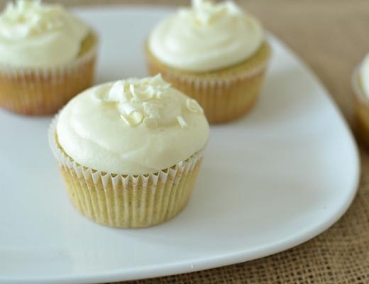 white chocolate pistachio cupcakes