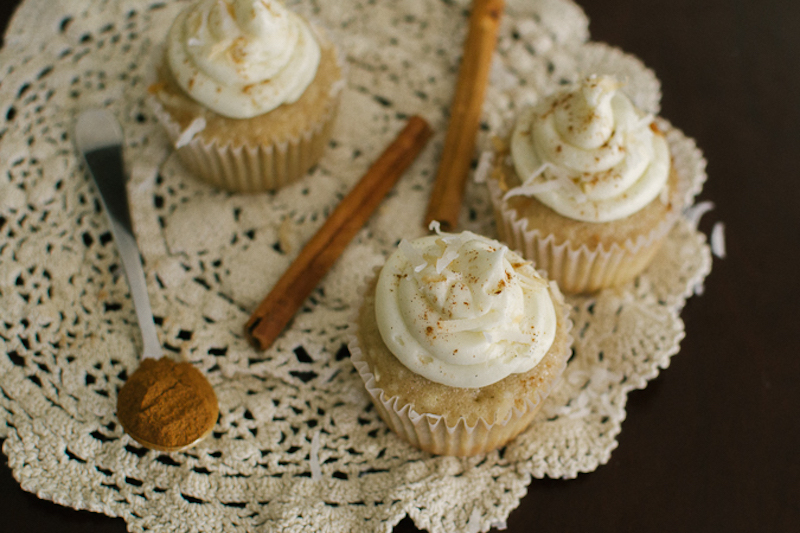 cinnamon coconut cupcakes