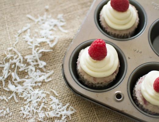 raspberry coconut cupcakes