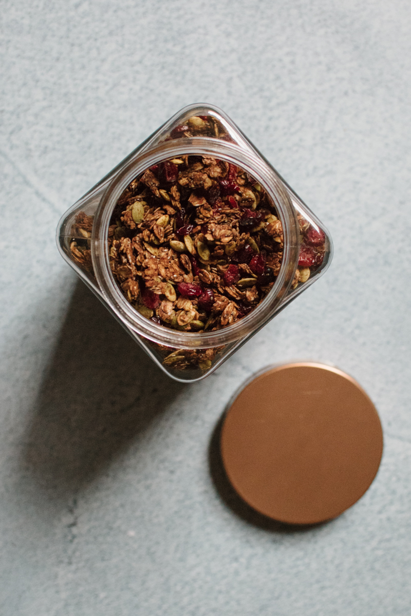 chocolate cranberry granola